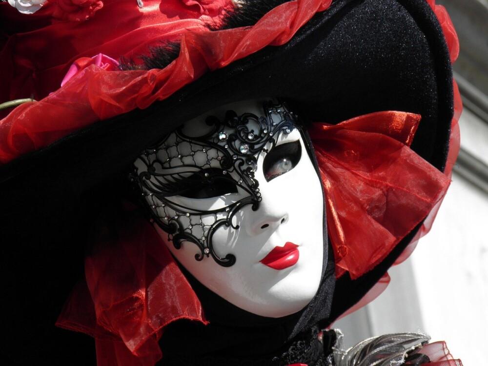 A karneválok karneválja, Velence…